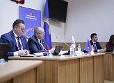 На базе Мурманской областной Думы прошло заседание постоянного комитета Парламентской  Ассоциации Северо-Запада России по экономической политике и бюджетным вопросам