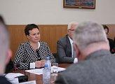 Глава регионального парламента Сергей Дубовой и депутаты областной Думы встретились с делегацией Совета губернии Финнмарк (Норвегия) во главе с г-жой Рагнхильд Вассвик